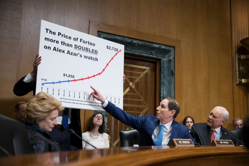 Democratic Senator from Oregon Ron Wyden (2-R) points to a chart beside Chairman of the Senate Finance Committee Republican Senator from Utah Orrin Hatch (R); during the committee's hearing on the nomination of Alex Azar to be Secretary of Health and Human Services (HHS), on Capitol Hill in Washington, DC, USA, 09 January 2018
